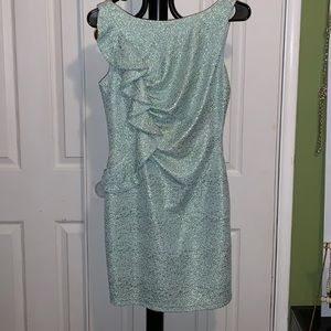 Hailey Logan by Adrianna Popell medium dress